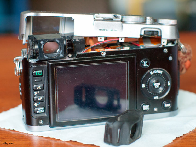 Back view of an opened Fujifilm X100